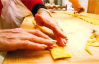 Tortelli rigorosamente fatti a mano